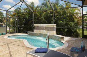 Spa Terrasse mit großem Whirlpool - Spa - Jacuzzi